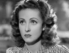Danielle Darrieux, biographie